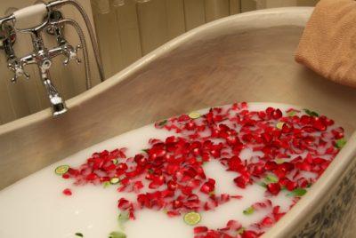 Cleopatra Milk Bath