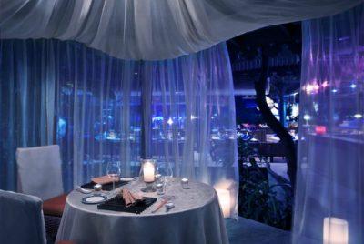 Dinner in Paradise