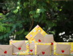 Romantic hamper with 7 gifts